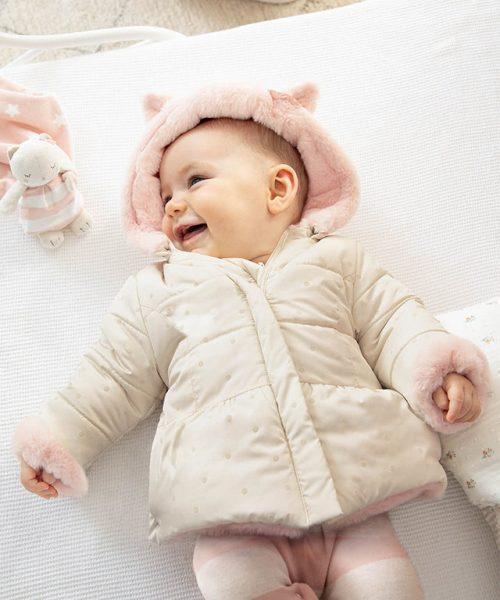 Recién nacida Niña